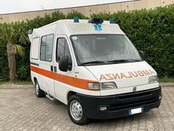 Fiat Ducato ambulanza 2.8 jtd clima perfetto