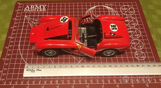 BURAGO - Ferrari 250 Testa Rossa - Scala 1:24
