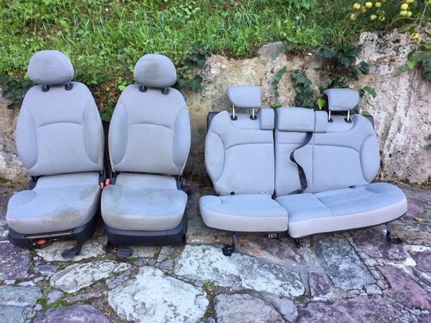 Sedili Fiat Stilo 04 5 porte berlina grigio chiaro