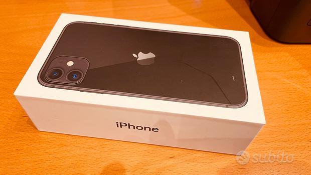 IPhone 11 128GB Black in garanzia + Cover silicone