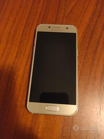 Samsung Galaxy A3 2017 super accessoriato