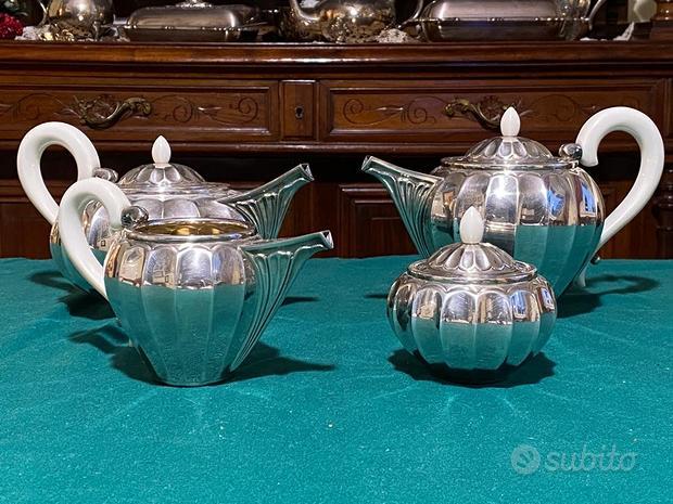 Set da the e caffe in argento