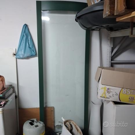 Porta armadio scorrevole con vetro bomato (curvo)