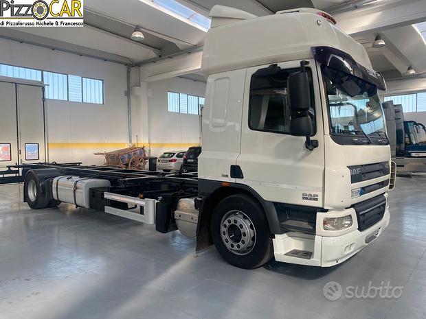 Daf 75.310 furgone porta container