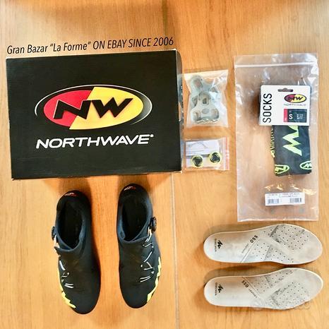NORTHWAVE EXTREME RR Carbon 39,5 1/2 + accessori