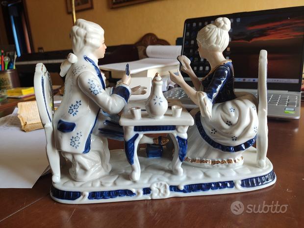 Composizione porcellana in stile Capodimonte
