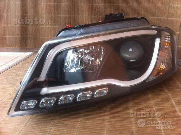 Coppia fari TubeLight DRL Audi A3 8P 08-12 neri