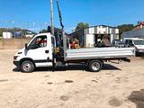 Camion iveco daily 35c15 cassone fisso e gru