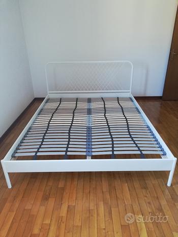 Letto matrimoniale IKEA