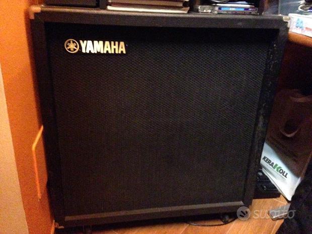 "Cassa Yamaha blackstar 240w 4x12"""