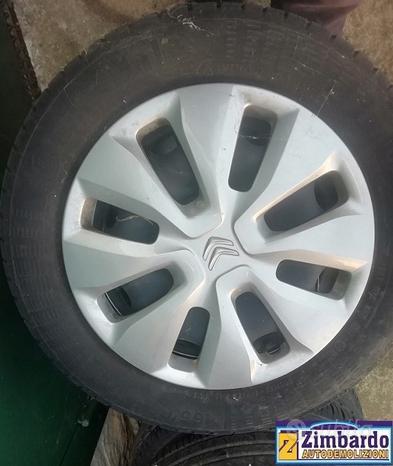 Cerchi completi di pneumatici per Citroen C3
