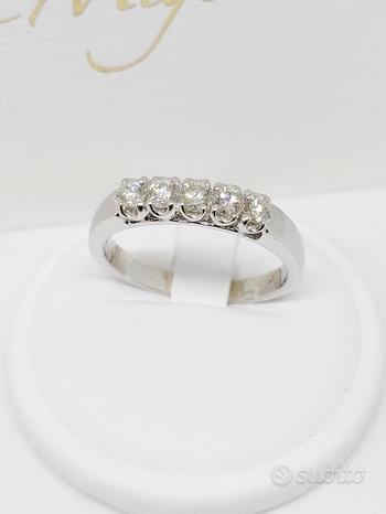 Anello donna Riviera Diamanti 0,40ct in Oro 18kt