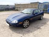 Jaguar XK8 Coupe 1997 3980cc