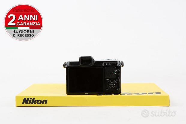 Nikon 1 V1 + Nikon 10-30mm 3.5-5.6-2 ANNI DI GARAN