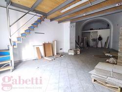 Negozio Gragnano [77044233-acbd-4c30-9ACG]