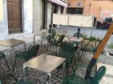 Ombrellone tavoli sedie