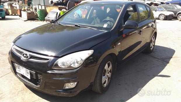 Ricambi Hyundai i30 anno 2010 cil 1.4 gpl 80KW