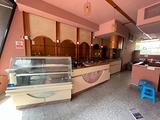 Bar completo bancone frigorifero vetrina