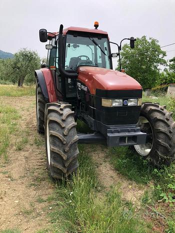 Trattore usato M100 new Holland