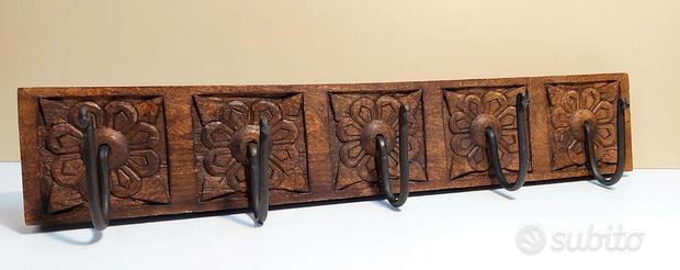 Appendi abito da parete, in legno pieno e ferro