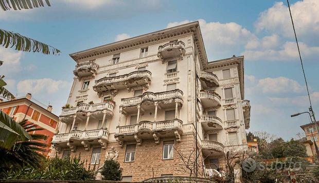 Appartamento a Genova, via delle Ripe 48, 6 locali