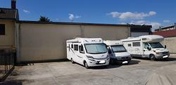 Rimessaggio camper caravan roulotte gommoni barche