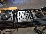 Consolle regia Pioneer CDJ 850 DJM 700