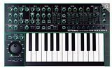 Sintetizzatori Roland e Behringer