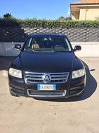 SUV VOLKSWAGEN TOUAREG-tuareg 5.0cc V10(cilindri)