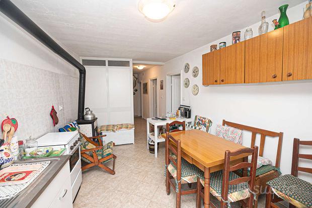 Appartamento a Lorsica, via Segalia 40, 23 locali