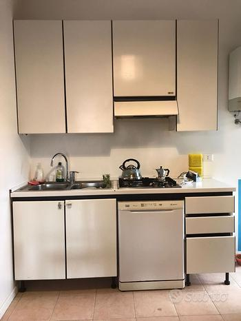 Cucina Maistri con lavastoviglie, forno,microonde