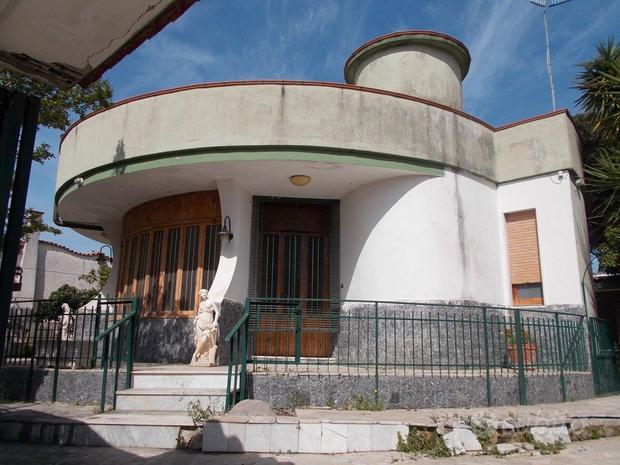 Villa indipendente con garage, fronte Baia Verde