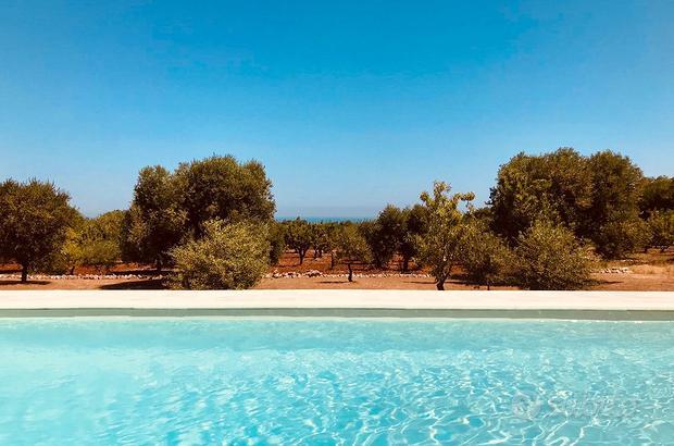 Villa ostuni con piscina e vista mare