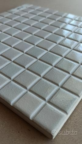 Mosaico in ceramica smaltata 20x20