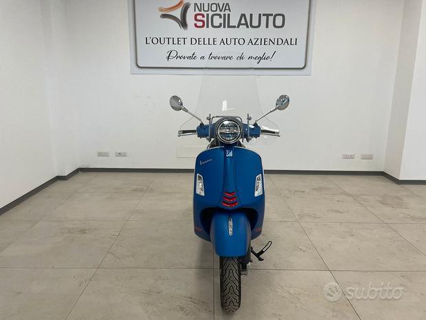 Piaggio Vespa 300