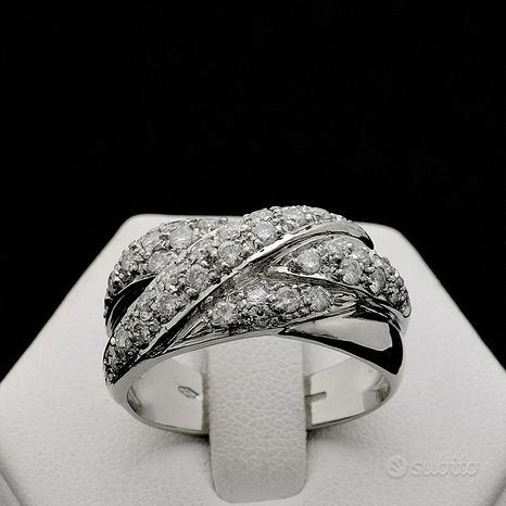 Anello incroci in oro 18kt con diamanti 0.85 ct