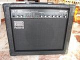 Amplificatore ROLAND per chitarra elettrica