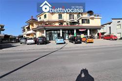 Locale commerciale a Nereto