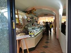 Bar gelateria pasticceria