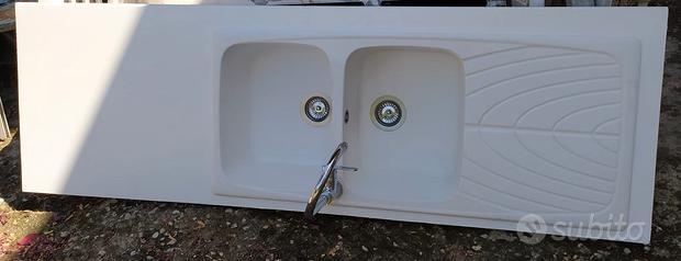 Top con vasca - lavandino - rubinetti - cappa