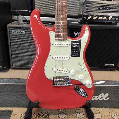 Fender Player Stratocaster Fiesta Red Limited Edit