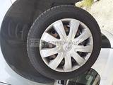 Cerchi in ferro Yaris 15 pollici con gomme nuove