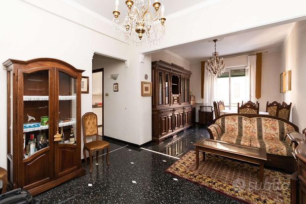 Appartamento a Genova, salita Brasile 15, 3 locali