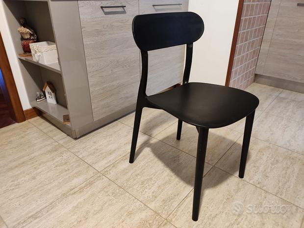 Sedie Maison Du monde nere da tavolo 4