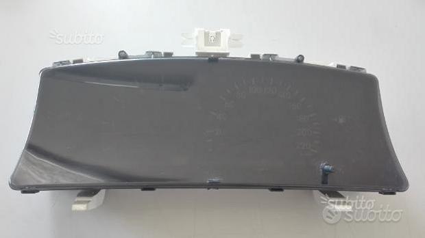 Quadro strumenti Toyota corolla 1.4 sw 83800