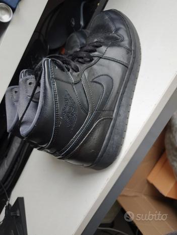 Nike Jordan 1 Mid black
