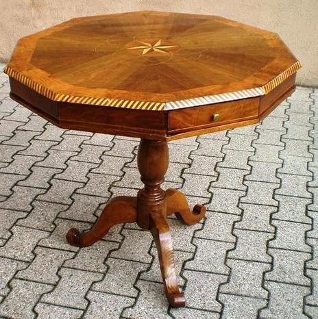 Antico tavolo Ottocento