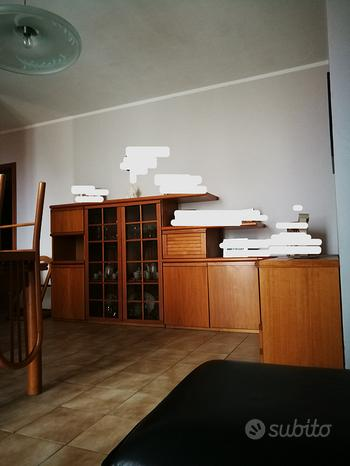 Sala da pranzo completa