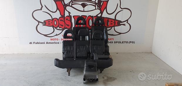 Mitsubishi pajero v60 sedili in pelle nera 3 porte