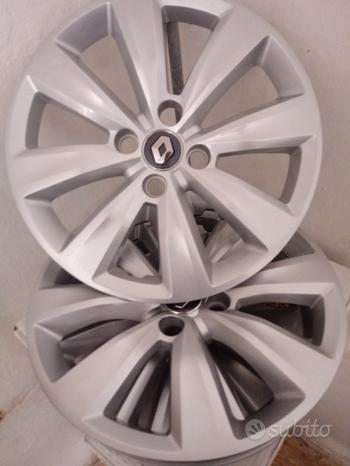 N. 4 Cerchi in ferro e copricerchi Renault Clio V